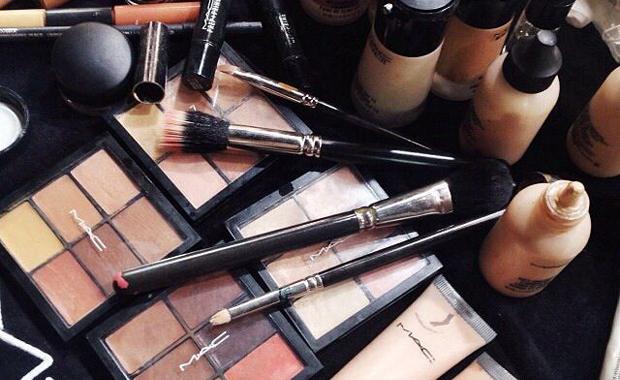 Qué es un personal shopper - maquillaje