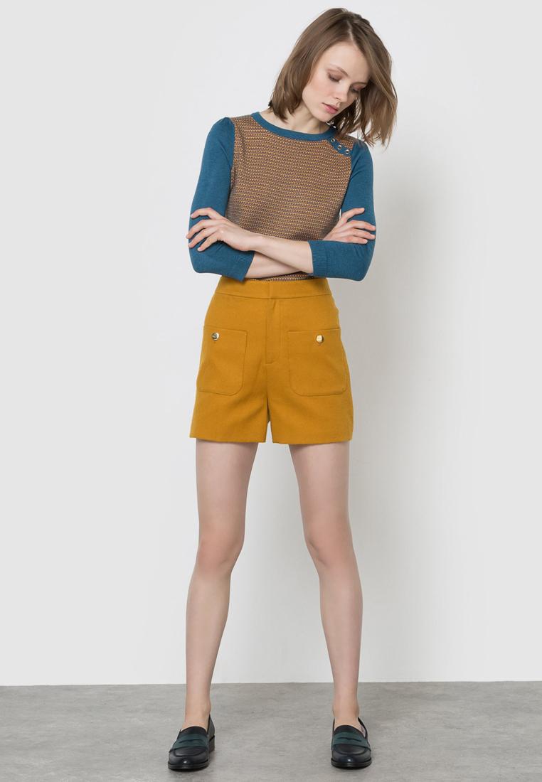 que es un personal shopper - shorts mostaza